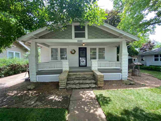 For Sale: 1011 E 15th Ave, Winfield KS