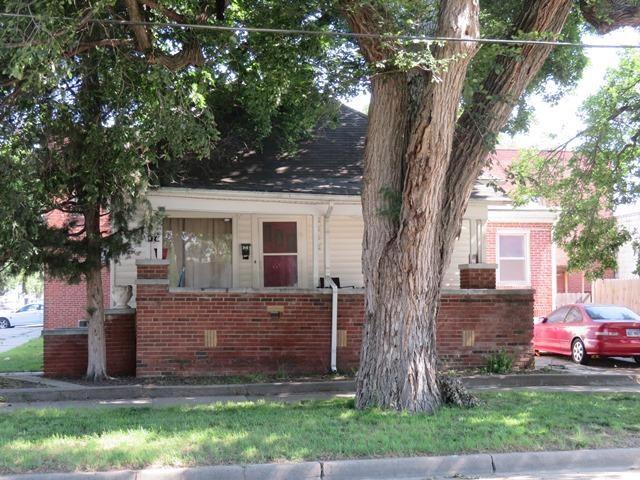 926 W Texas Ave