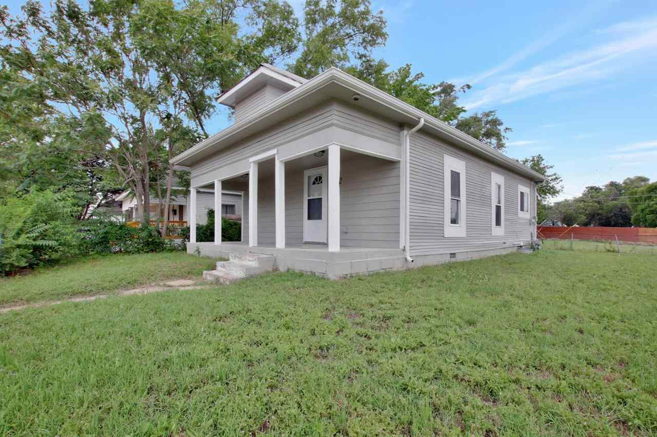 Looking for the perfect starter home or investment property?  This one is it!  Located on a corner l