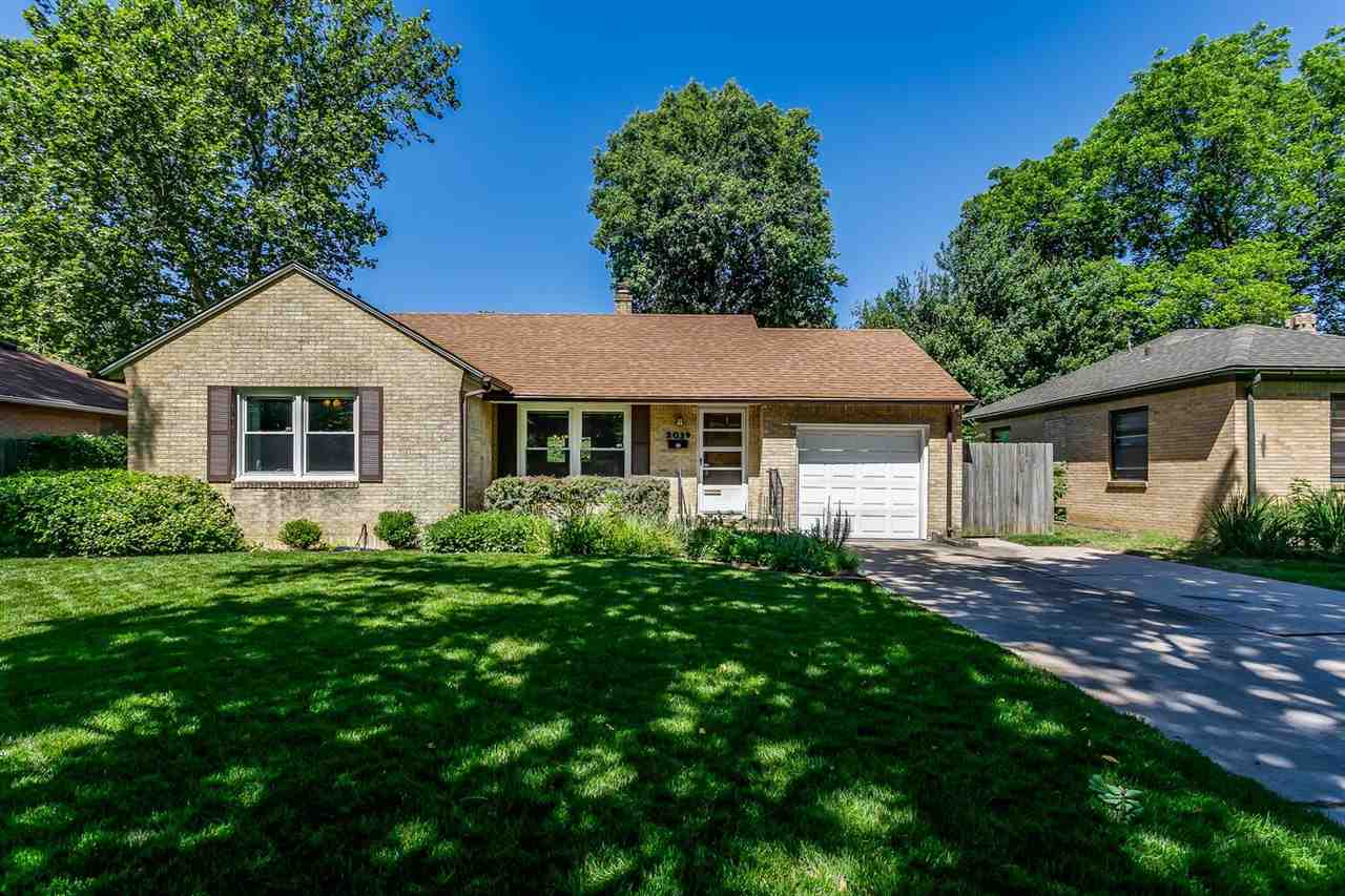 Updated and clean all brick ranch nestled in beautiful North Riverside! This 2 bedroom 1 bath is low
