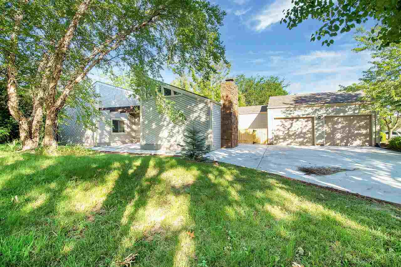 Look no further! This contemporary home with 2 bedrooms and 2 bathrooms has many updates and is move