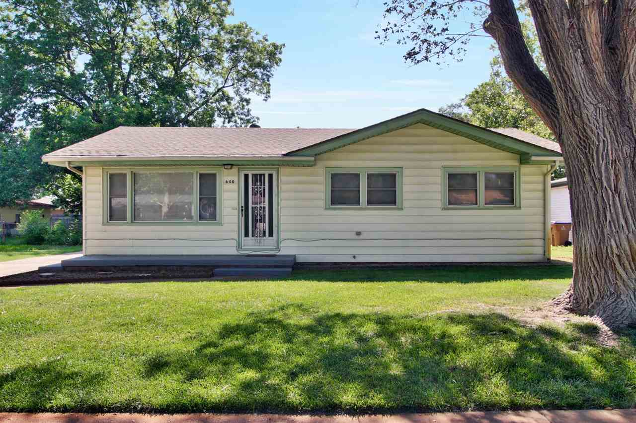 Charming ranch home in Valley Center.  Within walking distance to Abilene Elementary School. Plenty
