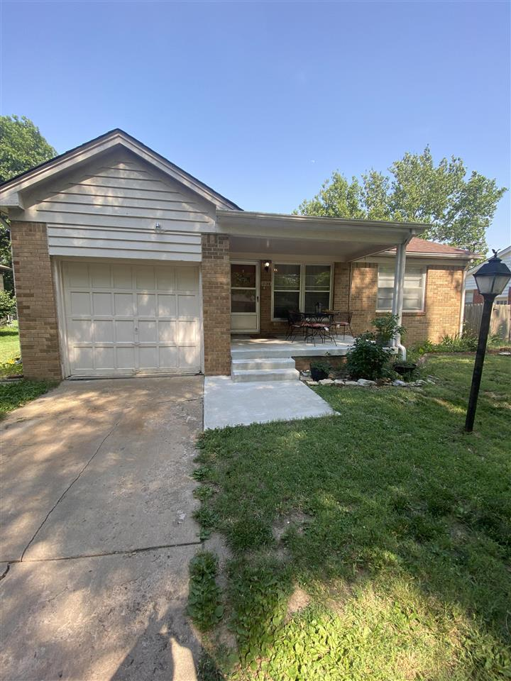 Cute little home for those first time home buyers, those wanting to downsize as well as great investment potential! Some updates include, plumbing and electrical panel. Very well-maintained home featuring 2 full bathrooms!