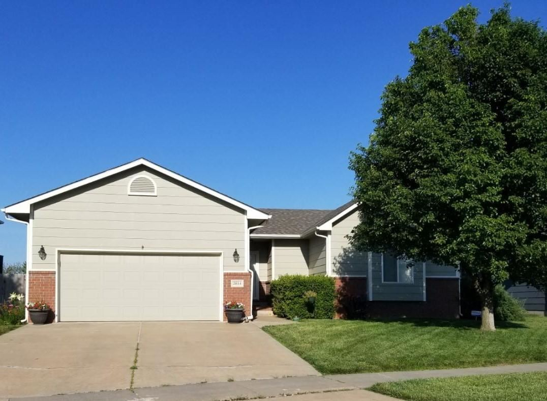 Beautiful home that is move in ready. Main level features 3 bedrooms, 2 baths, and open living room/