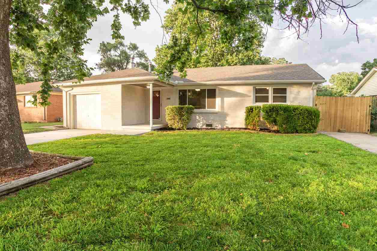 THIS IS THE UNICORN!!!!!!!!!!! 1500 square feet of NEW in an established Haysville community. NEW Ro
