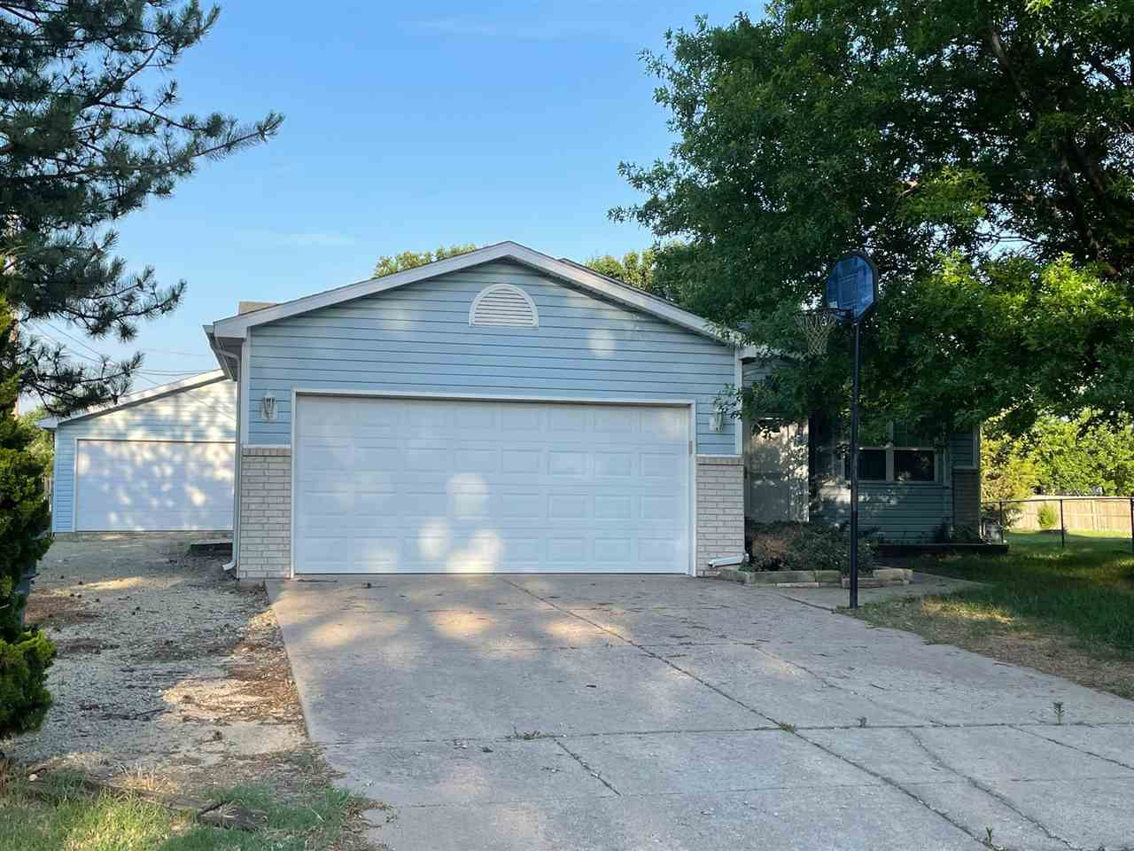 BONUS DETACHED 24x24 GARAGE/WORKSHOP/MANCAVE with 220 electric service accompanies this move in read