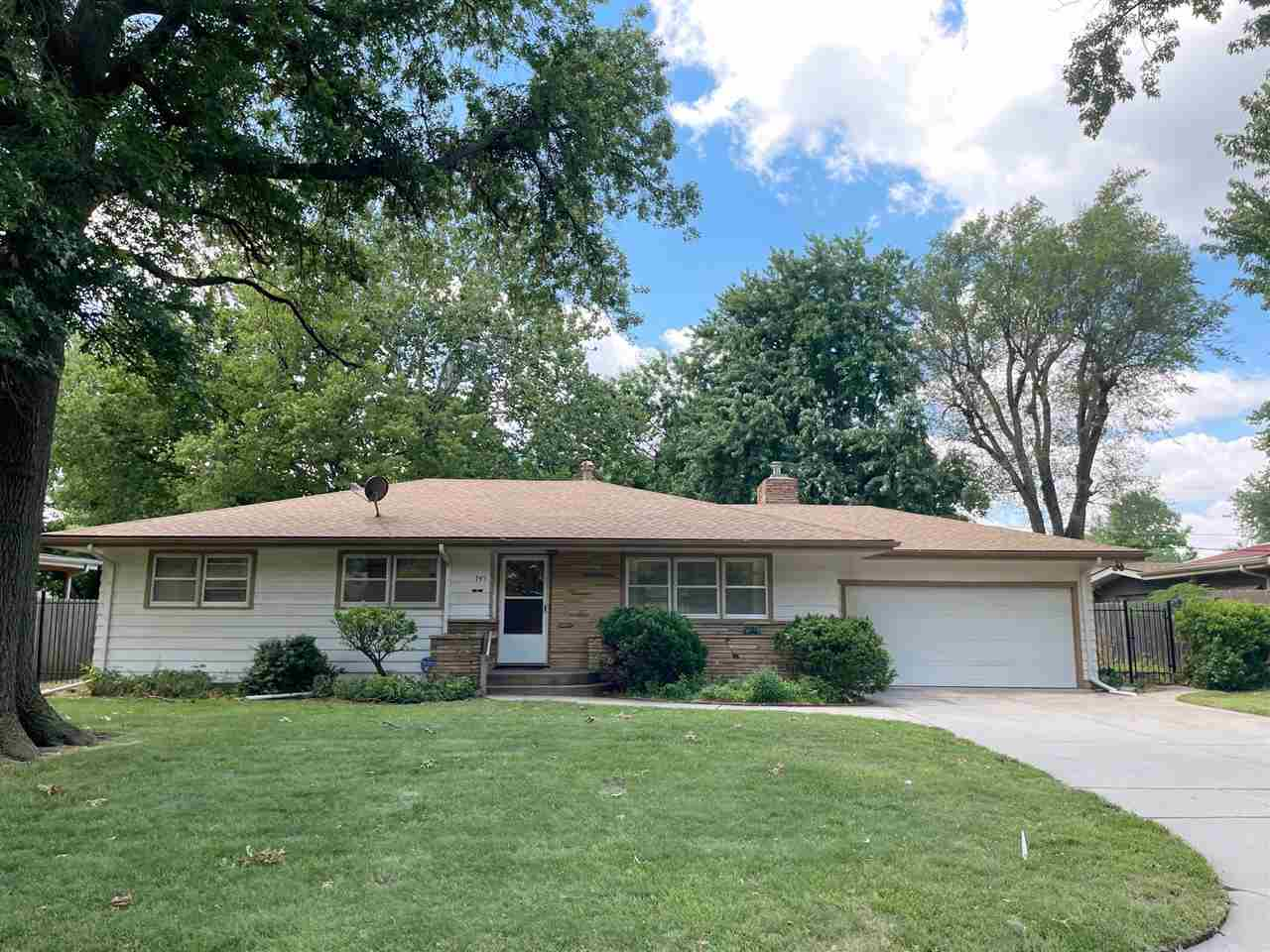 Come see this great Country Acres 3 bedroom 1.5 bath home. All the rooms are large with lots of wind