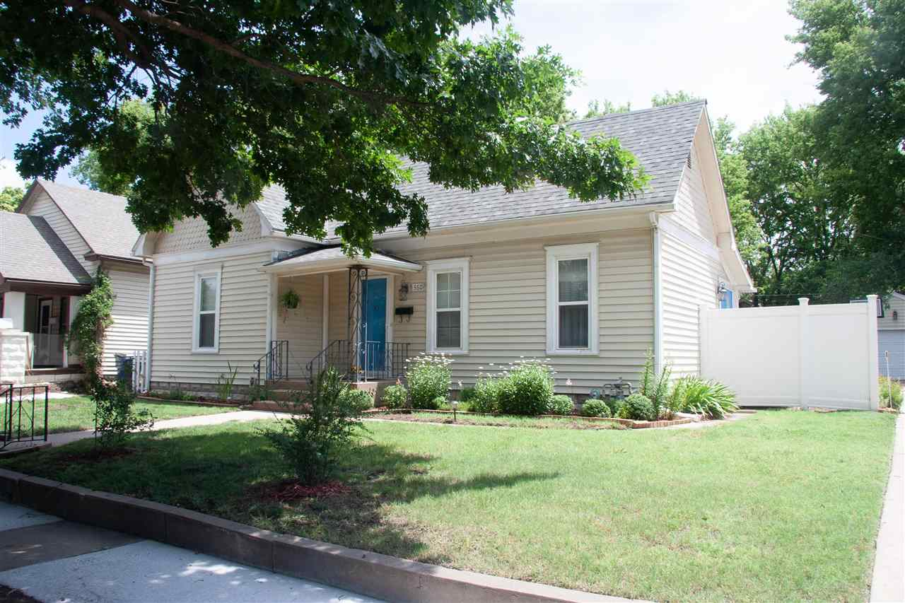 Welcome to this charming 2 bed 1 bath home complete with tall ceilings and a large backyard near Hil