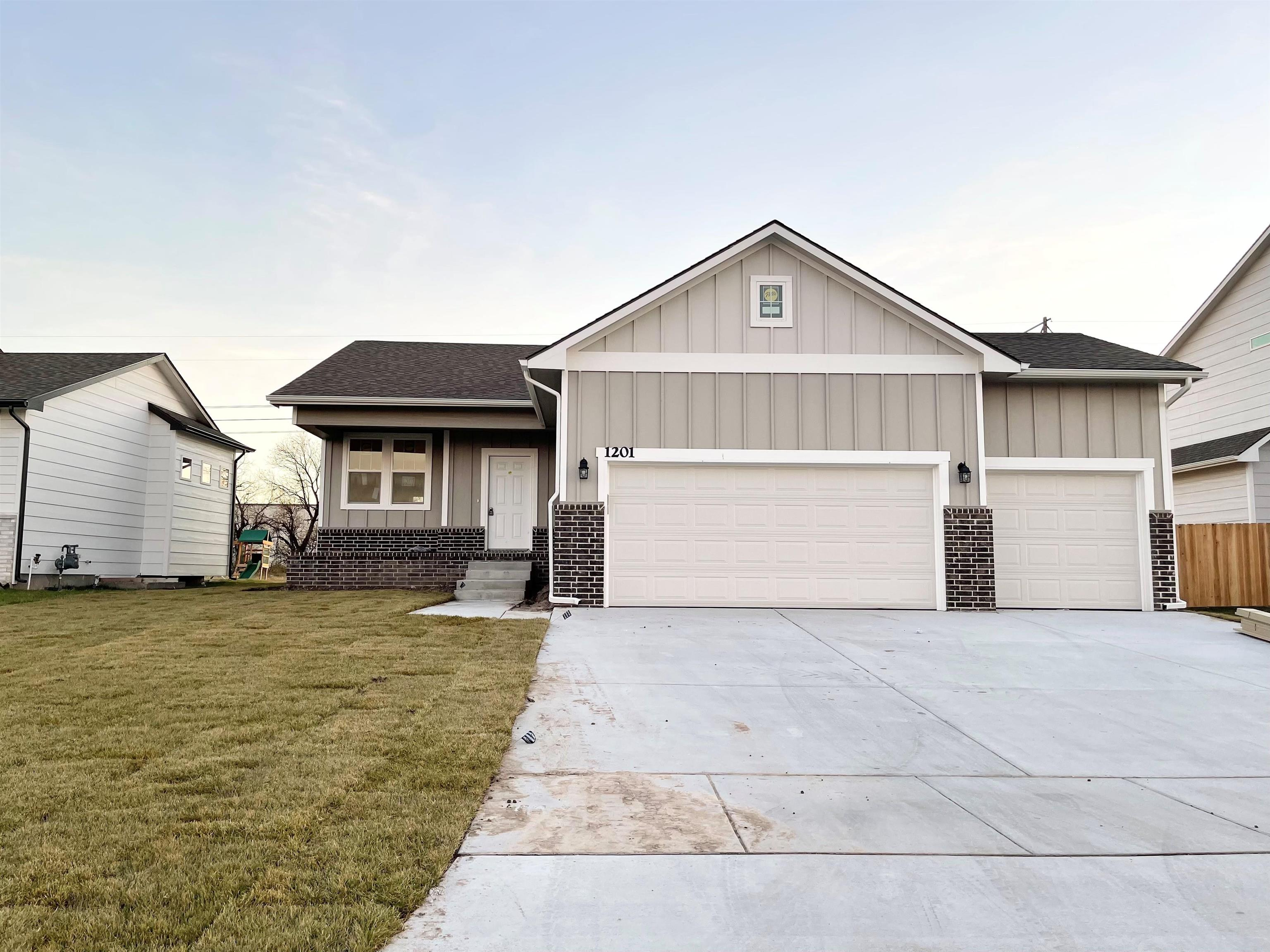 1201 Prairie Hill is located inside the Village Estates community in Park City. The Westbury floor p