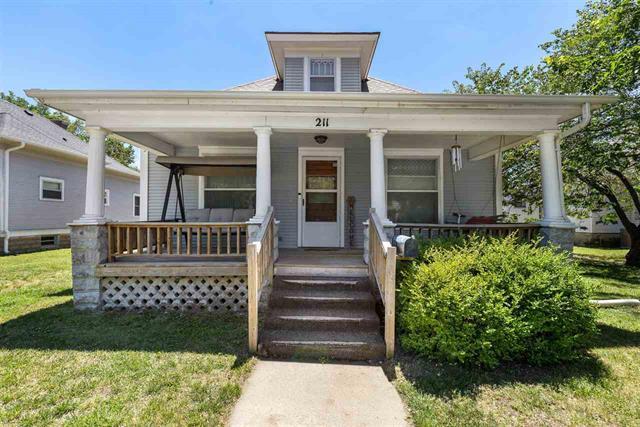 For Sale: 211 W 12th Ave, Hutchinson KS