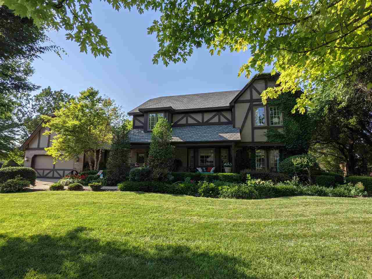 A very exceptional Overbrook 2 story home with 5 bedrooms, 4 baths. Separate living and dining plus