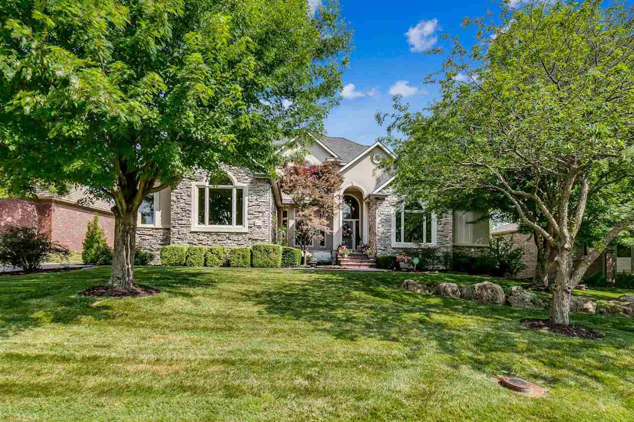 Located in an exclusive residential and golf course community. This fabulous custom built home is si