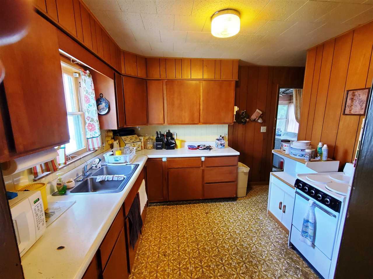 For Sale: 406 E 8TH ST, Newton KS