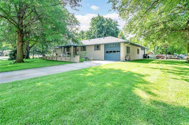 For Sale: 801  Foothill Dr, Hutchinson KS