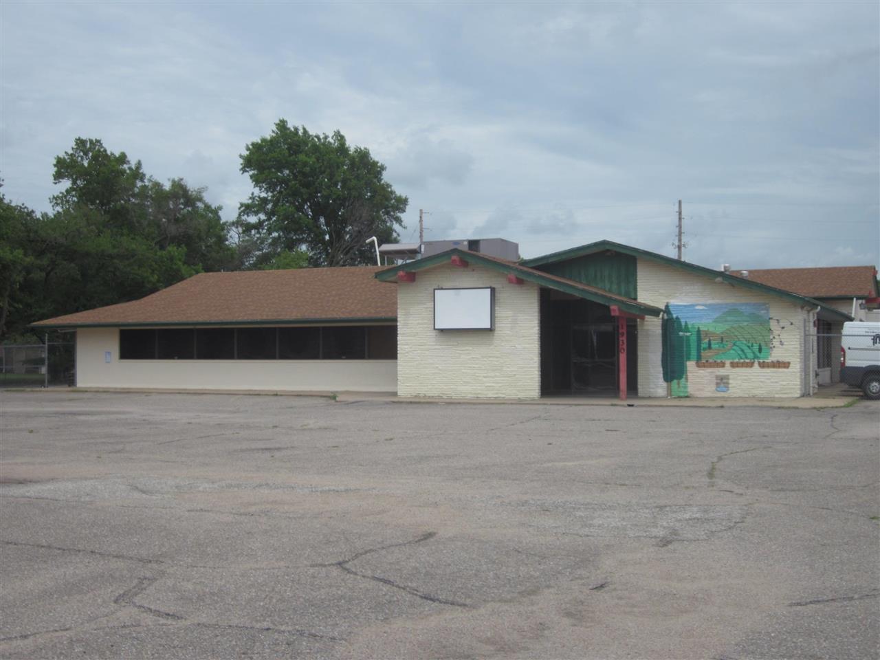 1930 S Oliver Ave, Wichita, KS, 67218