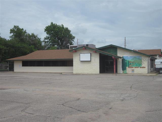 For Sale: 1930 S OLIVER AVE, Wichita KS