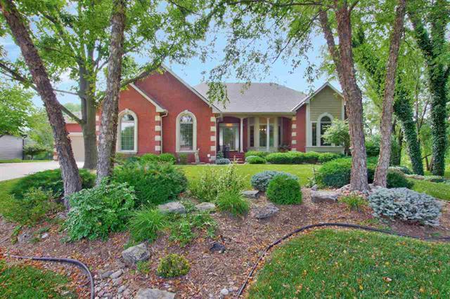 For Sale: 810 S CLEAR CREEK CIR, Wichita KS