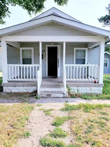 For Sale: 1952 S Waco Ave, Wichita KS