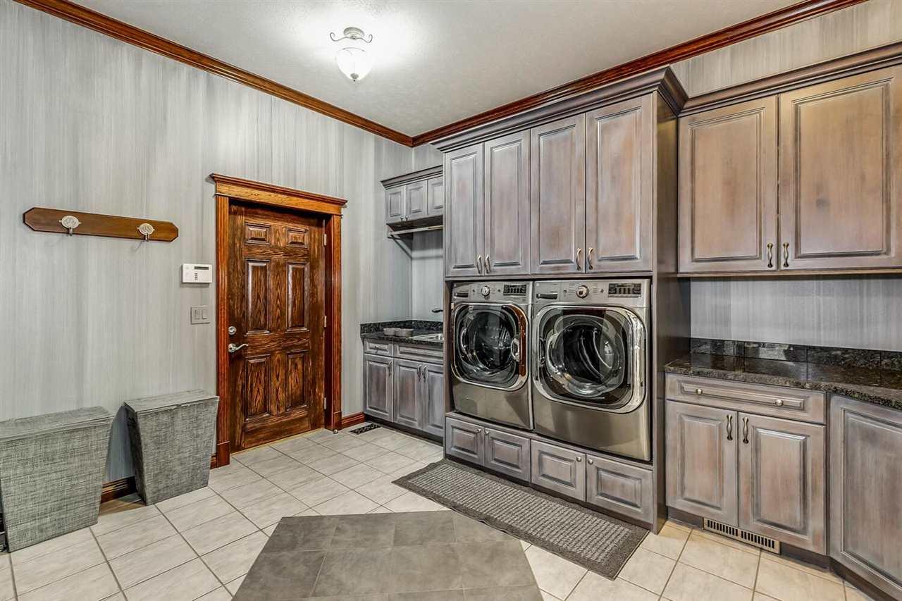 For Sale: 912 N Logan St, Attica KS