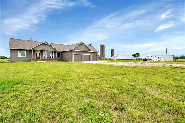 For Sale: 429  160th Rd, Hillsboro KS
