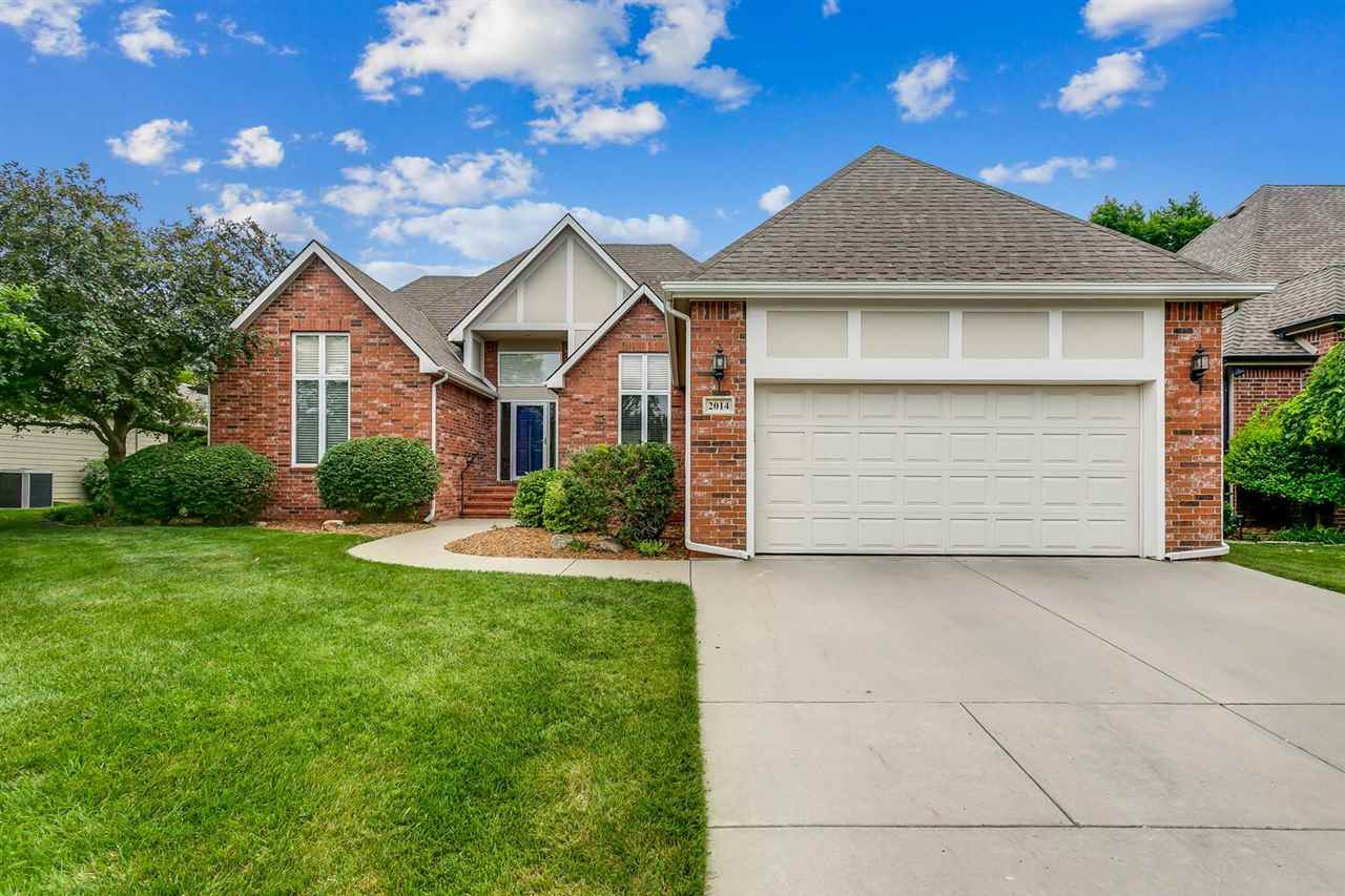 Nothing makes living easier then a patio home. Wonderful features inside and out! Welcoming entry br