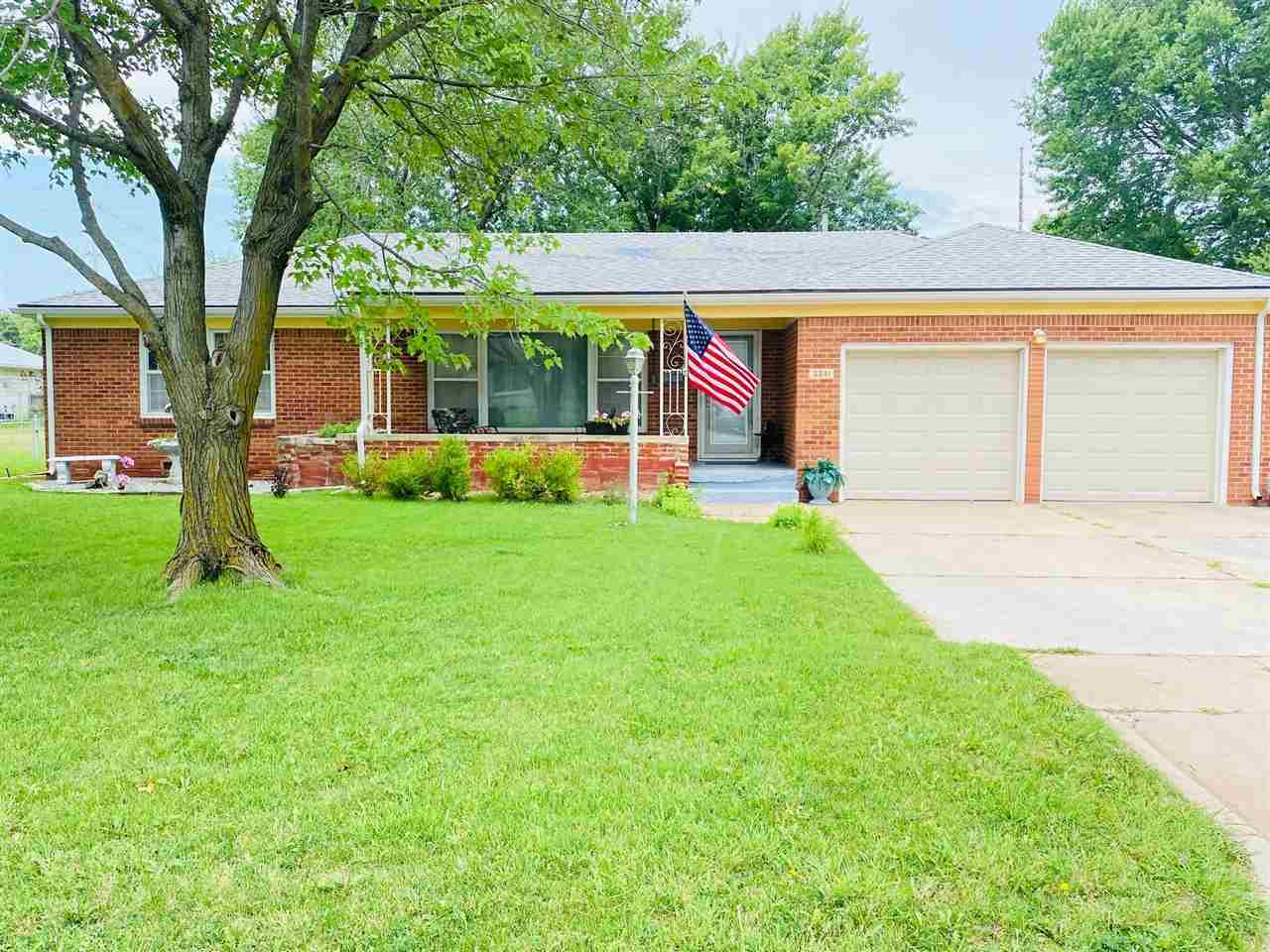 Do you love the well established, large lot, all brick ranch style homes......If YES, then WELCOME H