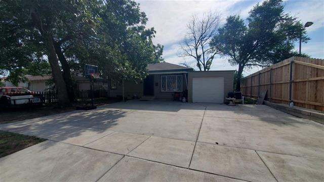 For Sale: 533 S Pinecrest St, Wichita KS