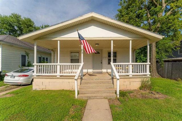 For Sale: 1411  Andrews St., Winfield KS