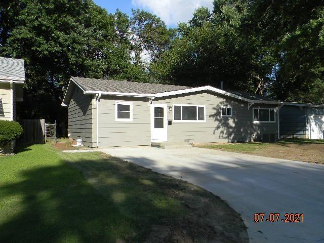 For Sale: 328 S WIRE, Haysville KS