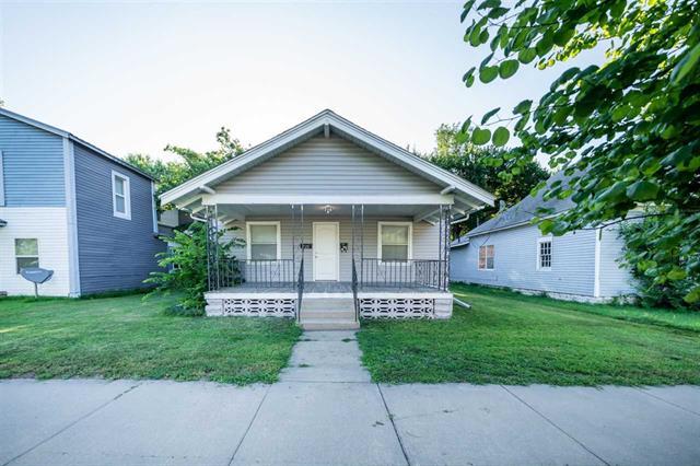 For Sale: 726 N Plum St, Hutchinson KS