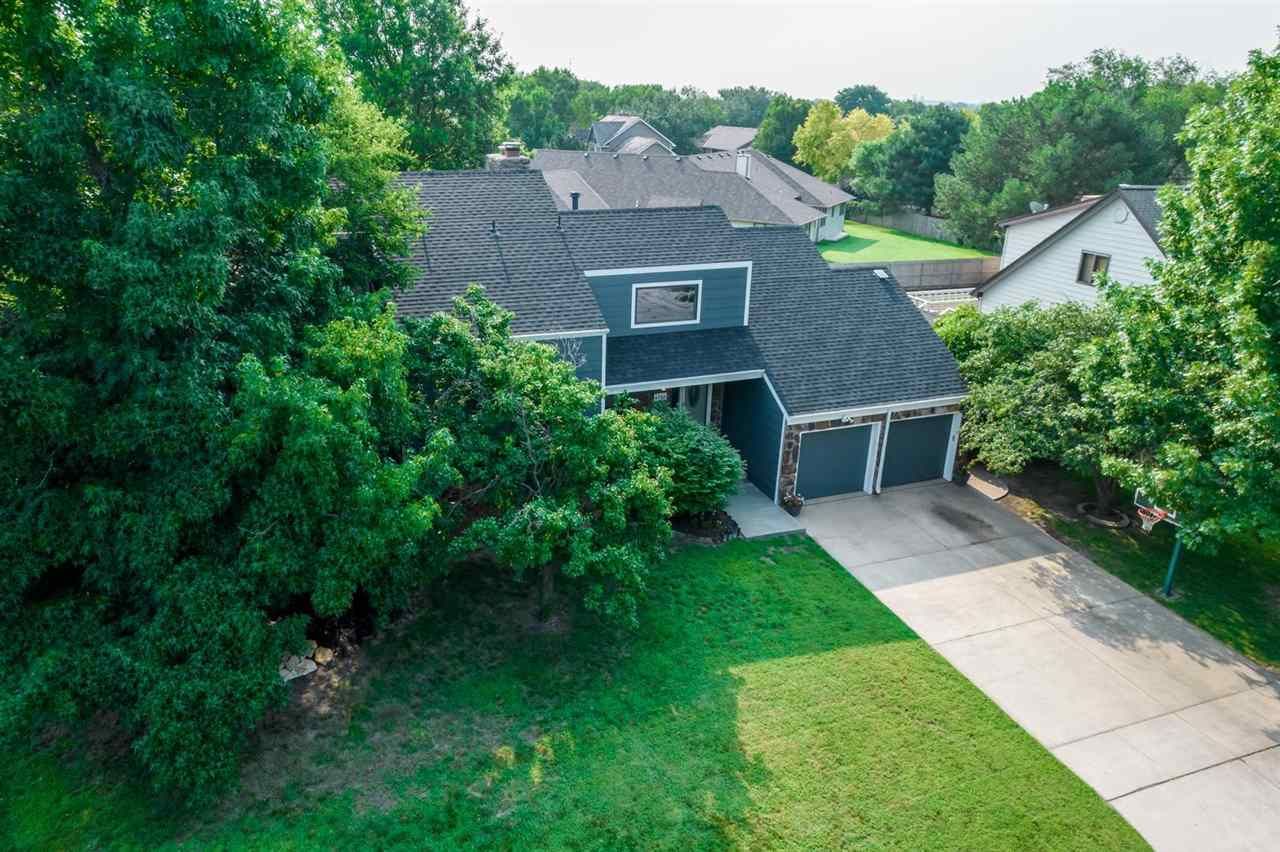 Welcome Home!  Not only is this home located in the sought after Moorings on Crystal Lake, it also h