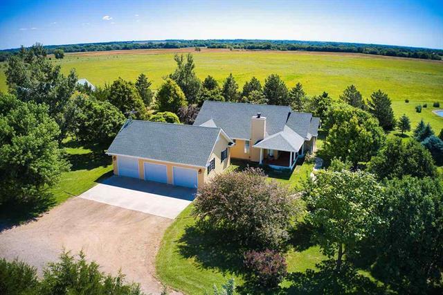 For Sale: 6912 W Arlington Rd, Hutchinson KS
