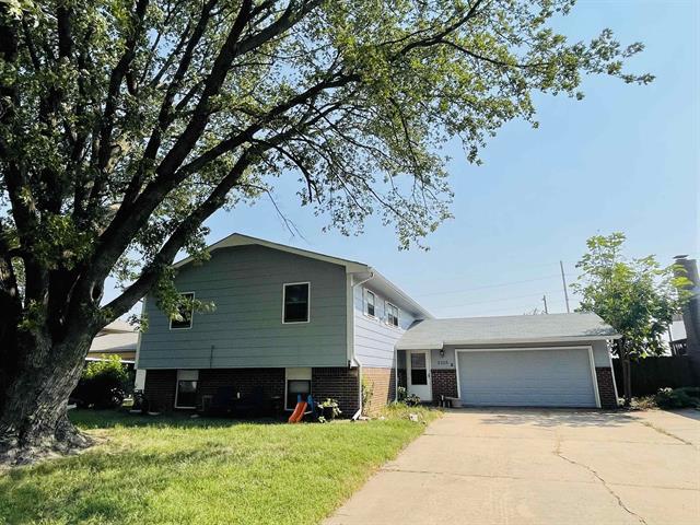 For Sale: 2125 W Davis Dr, Wichita KS