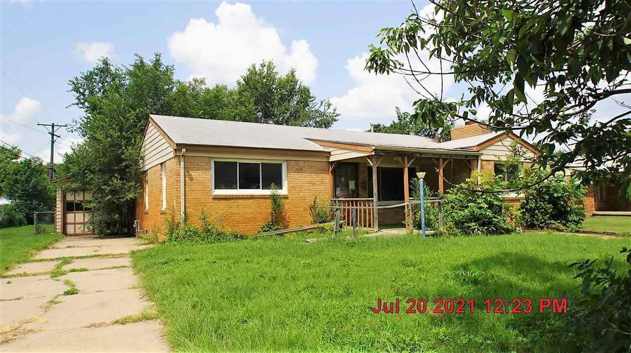 2939 S Greenwood St, Wichita, KS, 67216
