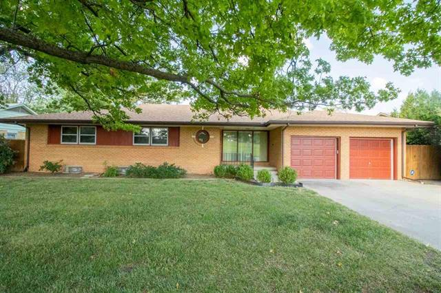 For Sale: 915 S CLIFTON AVE, Wichita KS