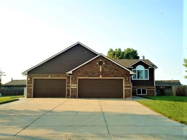 For Sale: 1302 E Harvest Lane Cir, Goddard KS