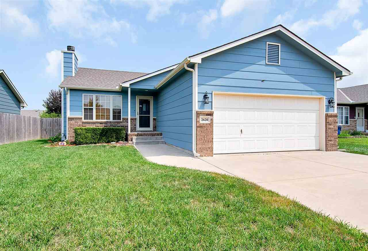 THIS IMMACULATE 3 BED, 2 BATH HOME IS MOVE-IN READY! LOCATED IN VALLEY CENTER SCHOOL DISTRICT! WALK
