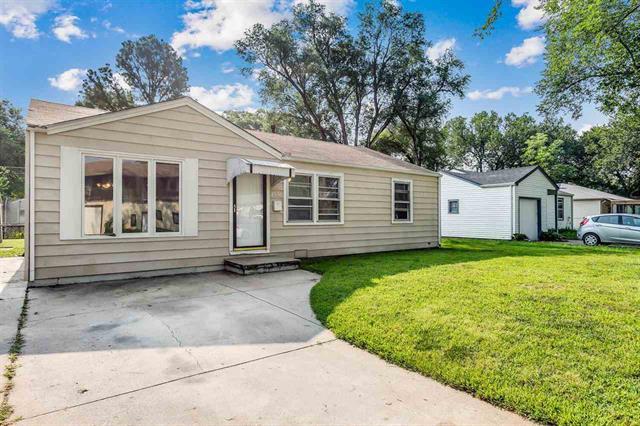 For Sale: 4556 S Oak Ave, Wichita KS