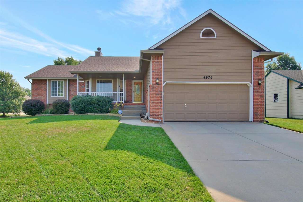 This beautiful 5 Bedroom, 3 bathroom home offers maximum curb appeal on a spacious corner lot.  Mini