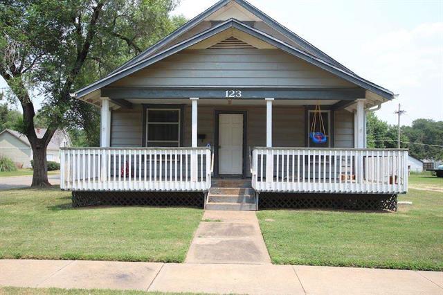 For Sale: 123 N Franklin Ave, Anthony KS