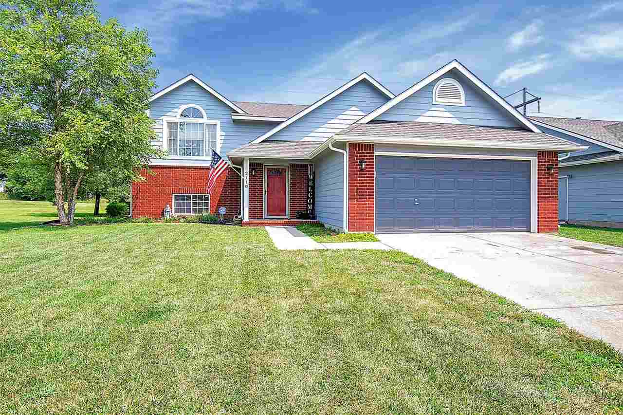 Beautiful move-in ready 4 bedroom 3 bath home located in the heart of derby in the Amber Ridge addit