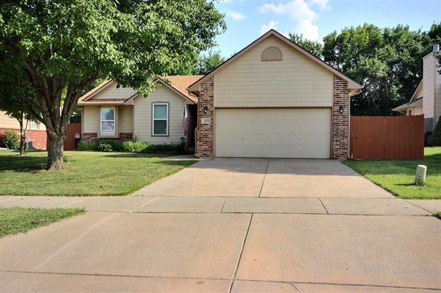 For Sale: 829 S Sunset Cir, Andover KS