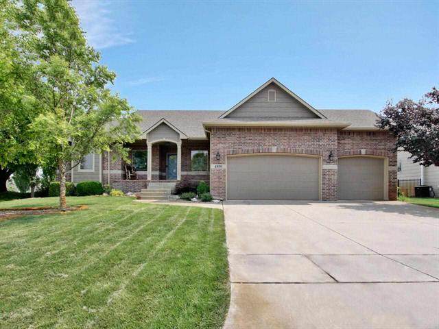 For Sale: 4890 N Emerald Ct, Maize KS