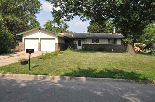 For Sale: 902 N ROBIN RD, Wichita KS