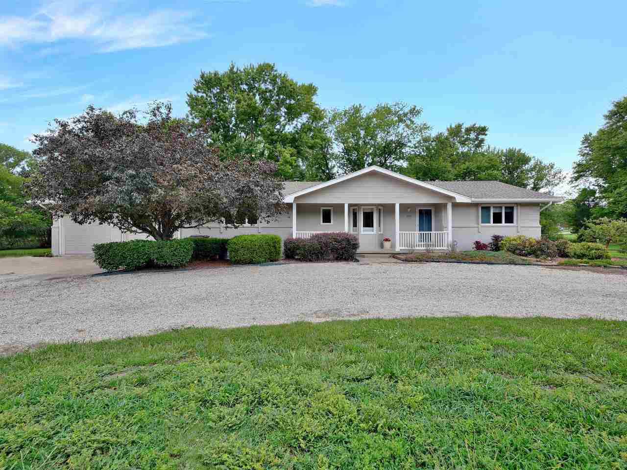 Adorable 3 bedroom, 2 1/2 bath, ranch style home in Andover Central schools with gorgeous lake views
