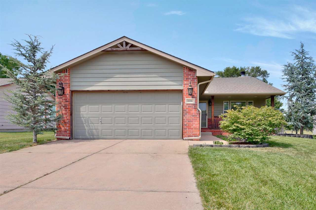 Beautiful and recently updated 3 bedroom 3 bath home in the Maize school district! Coming home you w