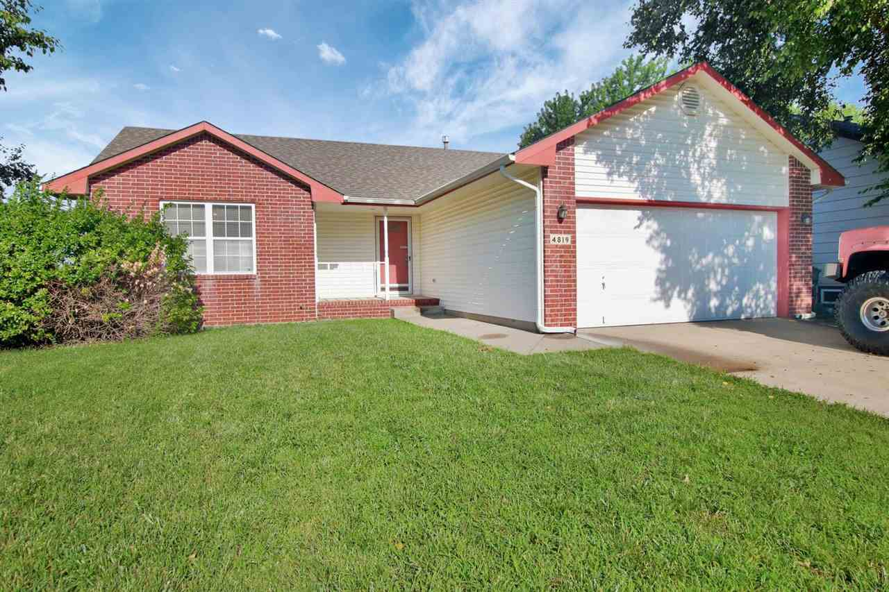 Wow, this 2 bedroom ranch is the perfect opportunity for someone to gain some sweat equity.  The ful