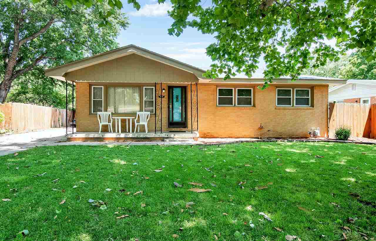 It's time to relax in a quiet neighborhood with this brick ranch home. This 3 bedroom and 1 and 1/2