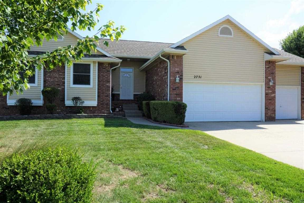 ***5 Car garage***  Guys this is the house you have been waiting for.  This 4 bedroom 3 bath home ha