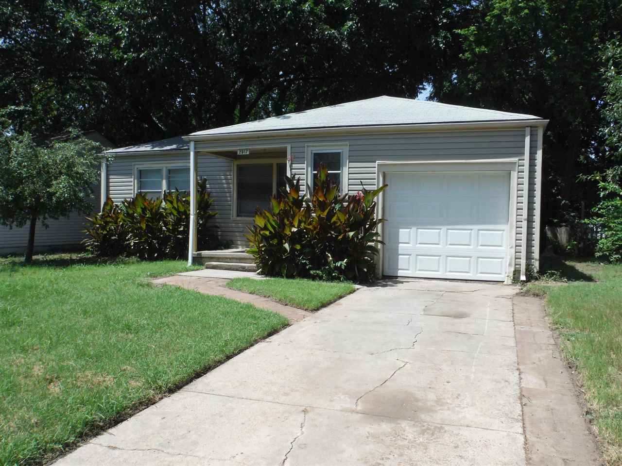 3 bedroom 2 bathroom home with a 1-car garage. New carpet and freshly painted interior. Breakfast ba